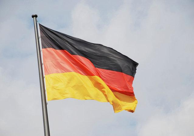 یورش یک مرد در آلمان با چاقو به رهگذران