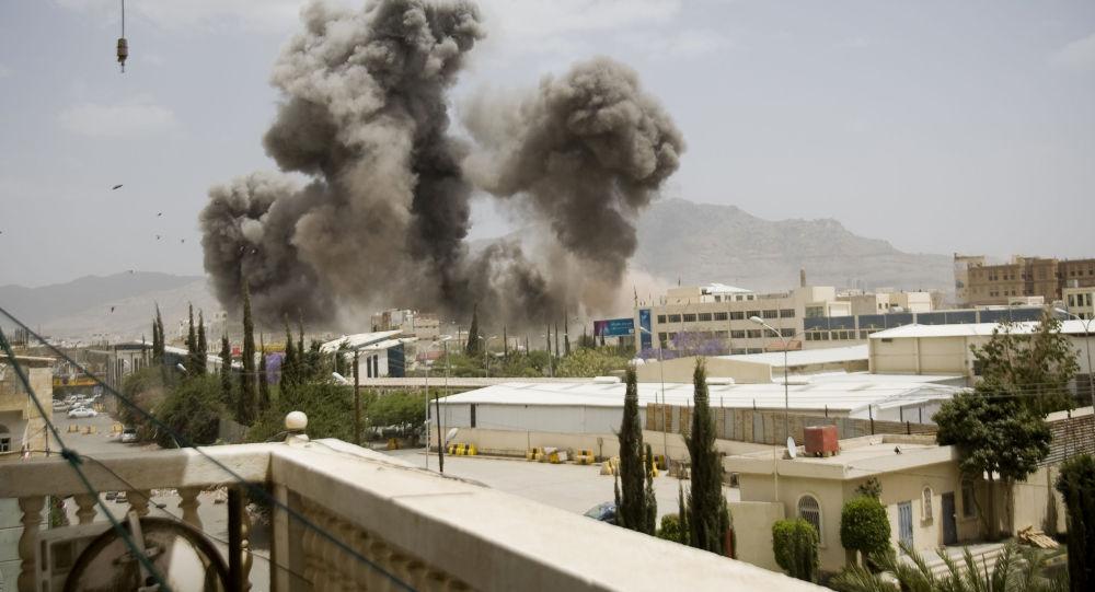 بمباران یک زندان در یمن/ دست کم 80 نفر کشته شدند