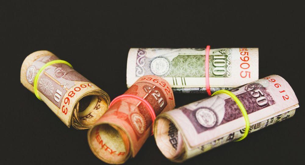 بدهی های خارجی پاکستان به ده ها تریلیون روپیه رسیده است