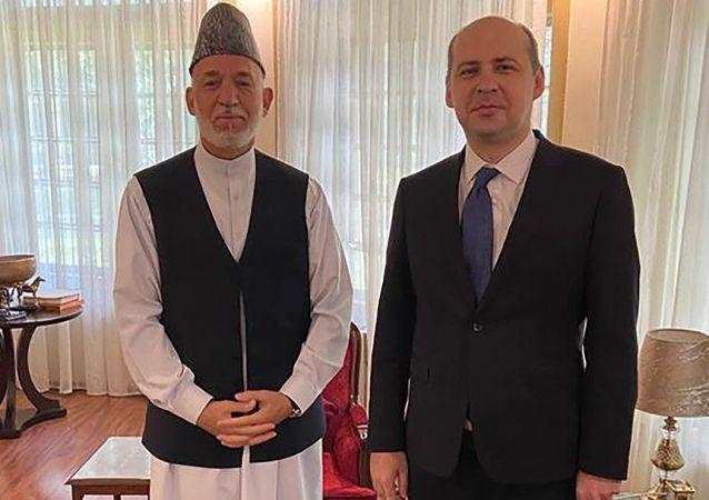 سفیر روسیه در کابل: دیپلمات های کنسولگری روسیه در مزار شریف در ازبیکستان به سر می برند