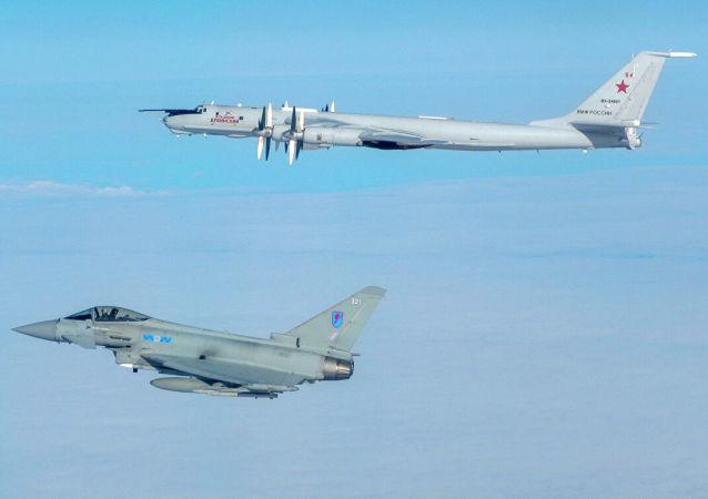 جنگنده روسیه از سوی نیروهای هوایی بریتانیا رهگیری شد