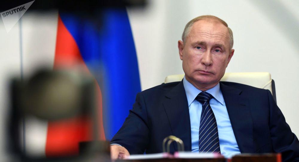 رئیسجمهور پوتین خواستار لغو سیاست تحریمی در جهان شد