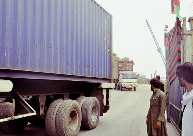 فعالیت گمرک طالبان در هرات و فراه