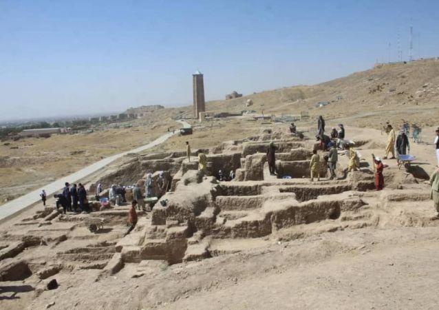 حملههای طالبان بر پاسگاههای امنیتی شهر غزنی عقب زده شدند