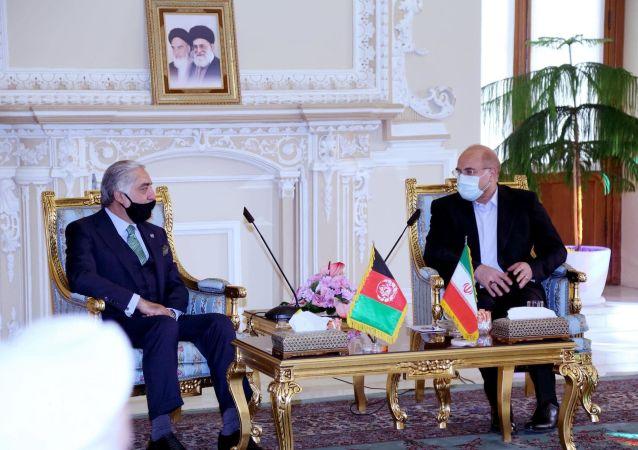 دیدار عبدالله عبدالله با محمدباقر قالیباف، رئیس مجلس شورای اسلامی جمهوری اسلامی ایران