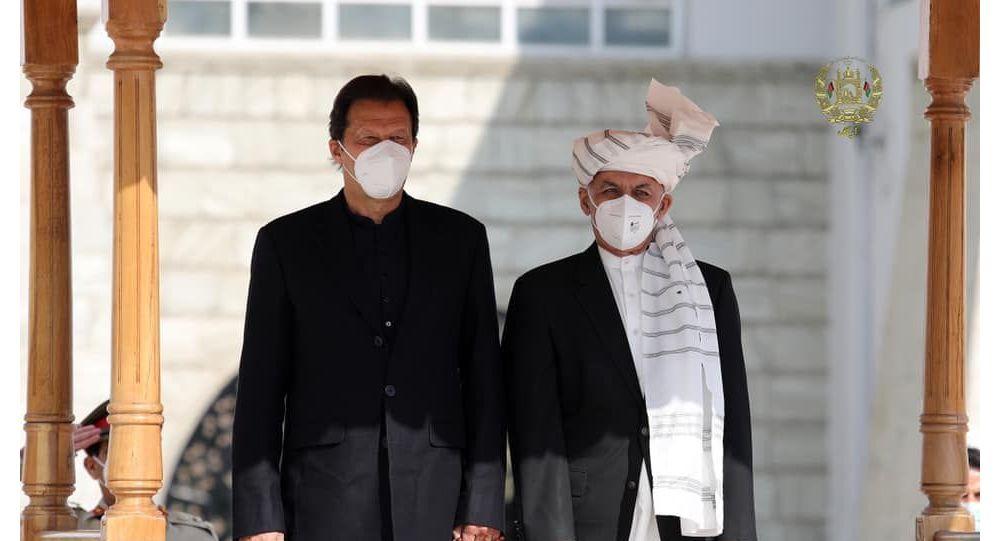عمران خان: مذاکرات با طالبان خشونت در افغانستان را کاهش نداده است