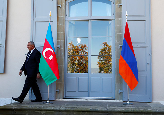 آذربایجان مراتب اعتراض خود به قطعنامه سنای فرانسه در مورد قره باغ را اعلام کرد