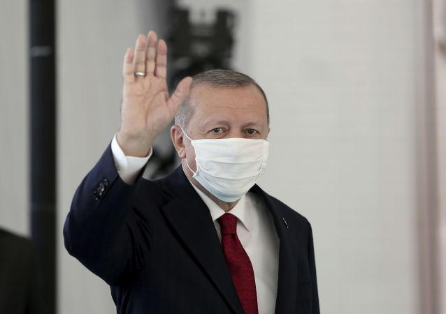 اردوغان: موشک دوربرد ضد کشتی با موفقیت آزمایش شد