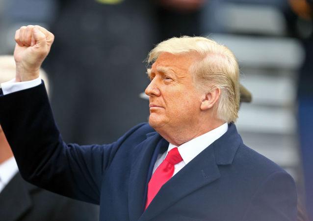 ترامپ برای ماندن در کاخ سفید وعده «نبرد جهنمی» را داد