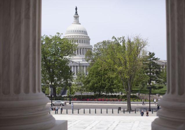 11 سناتور امریکایی با تأیید نتیجه انتخابات ریاستجمهوری مخالفت میکنند
