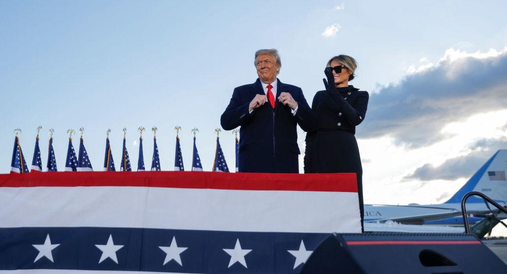 ترامپ پیش از ترک واشنگتن: ما به یک شکلی باز خواهیم گشت