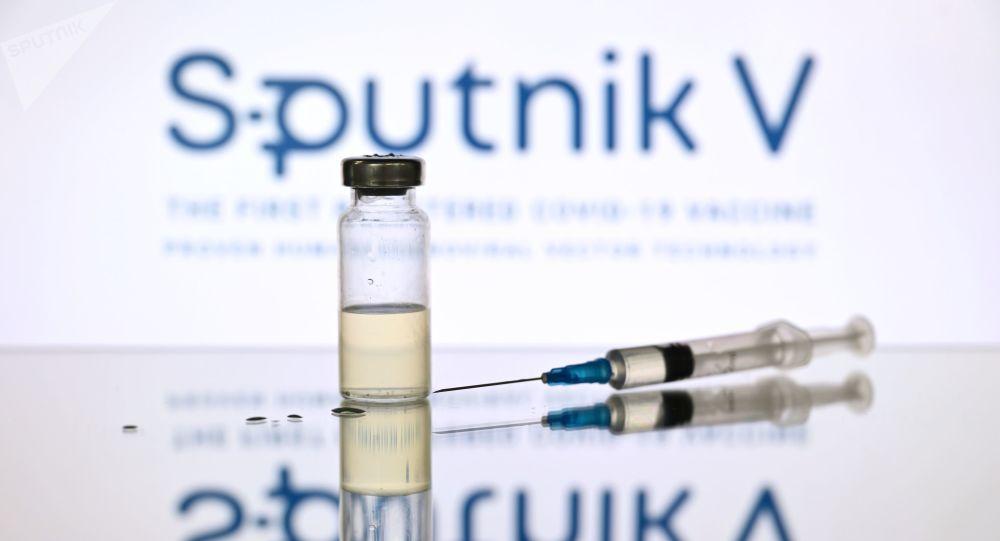 سه مقام آلمانی خواستار تایید واکسین کرونای روسی شدند