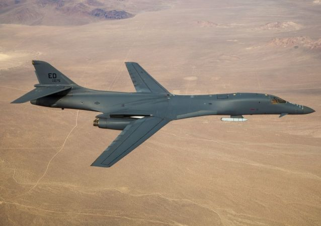 حملات هوایی امریکا درحمایت از ارتش افغانستان انجام شده است