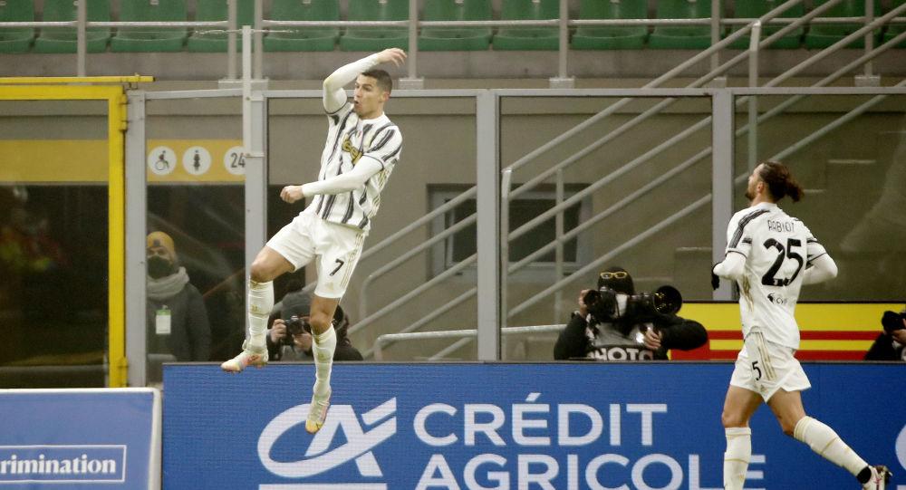 اللاعب البرتغالي، كريستيانو رونالدو، مهاجم يوفنتوس الإيطالي