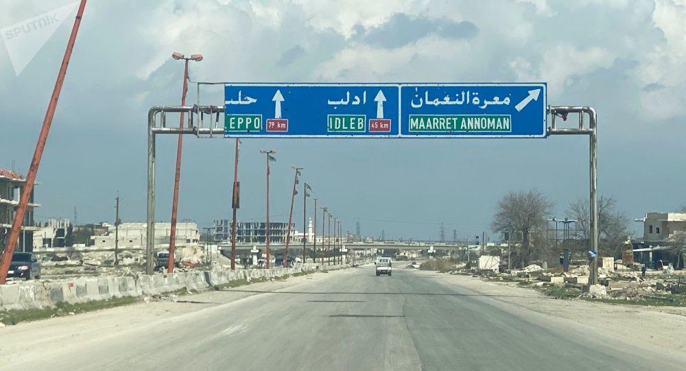 انتقال موشکهای حامل مواد سمی به ادلب و حماه