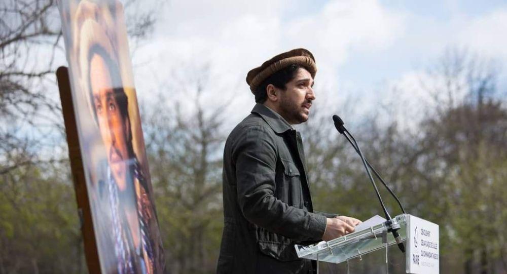 پسر قهرمان ملی: بخاطر ارزشهای ملی ایستادگی میکنیم