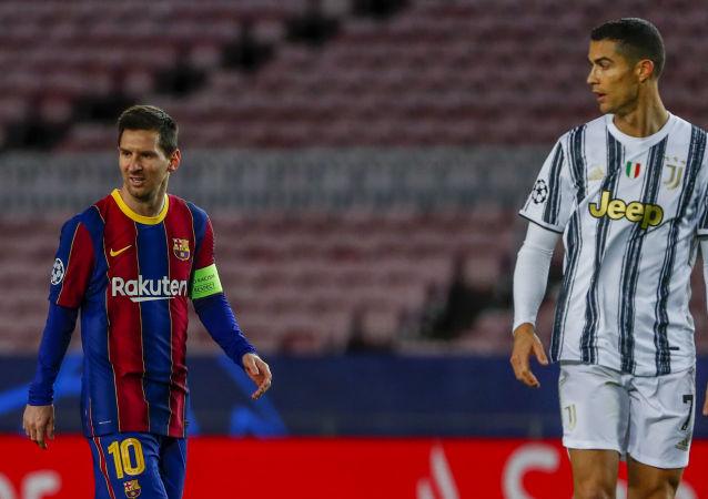 Lionel Messi, Cristiano Ronaldo, İspanya