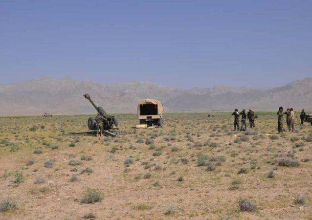 کشته شدن چهار غیرنظامی در درگیری میان نیروهای امنیتی و طالبان در غزنی