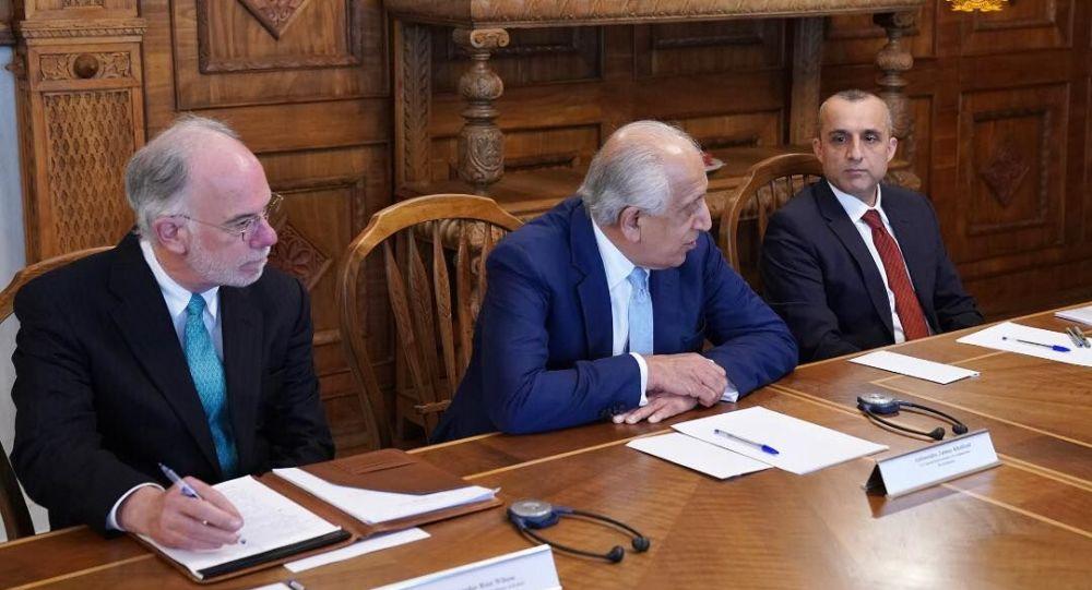 زلمی خلیلزاد با رئیس جمهور غنی دیدار کرد