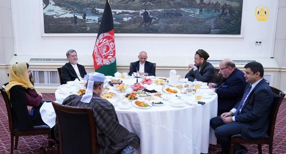 رییس جمهور غنی با رییسان و نمایندگان احزاب سیاسی دیدار کرد