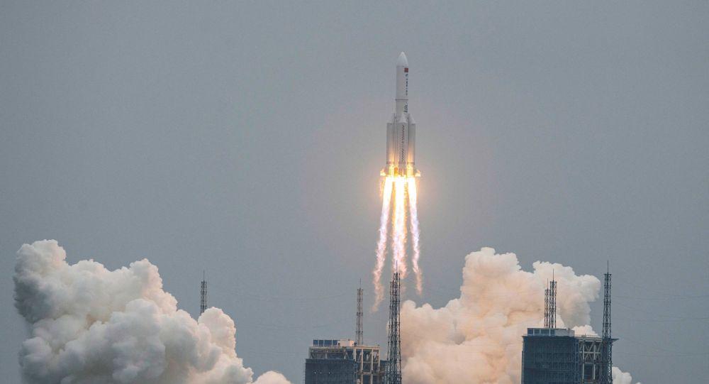 فضاپیمای امریکایی میتواند شش کلاهک هستهای را حمل کند