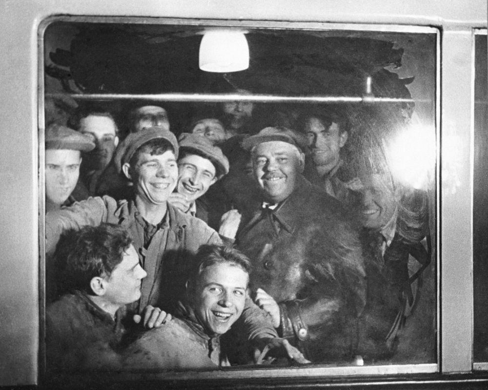 مترو مسکو 86 سالگی را جشن می گیرد/متروی مسکو سال 1953