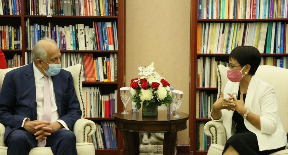 حمایت جاکارتا از روند صلح؛ محور دیدار وزیر خارجه اندونزی با خلیلزاد