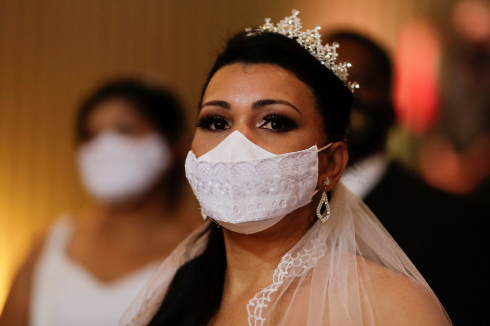 عروسی دستهجمعی در موزیم برزیل برگزار شد.
