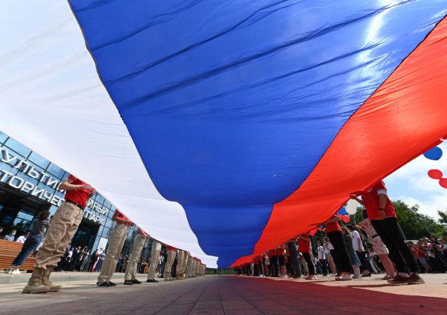 روز ملی روسیه؛ اجرای سرود ملی روسیه توسط دانشجویان ایرانی + ویدیو