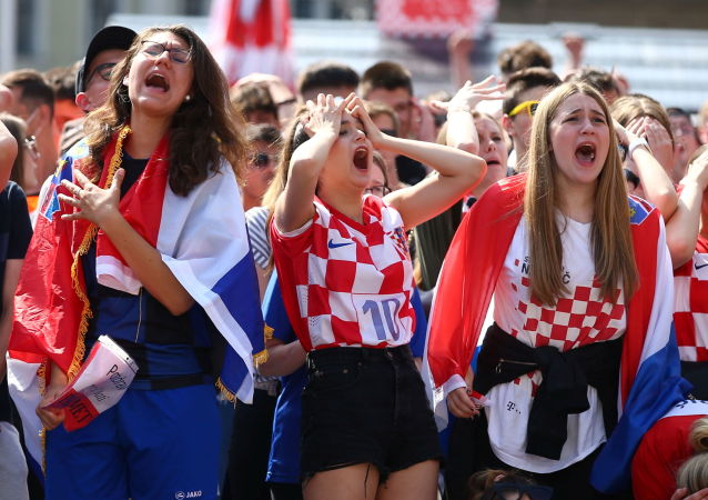 هواداران فوتبال جام ملت های اروپا 2020 میلادی/بازی کرواسی- انگلیس