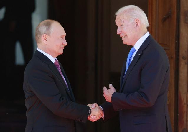 رئیسجمهور پوتین و بایدن در ژنو دیدار کردند