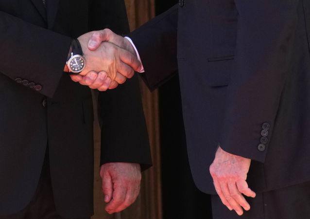 پوتین: روسیه و امریکا رایزنی درباره امنیت سایبری را آغاز میکنند