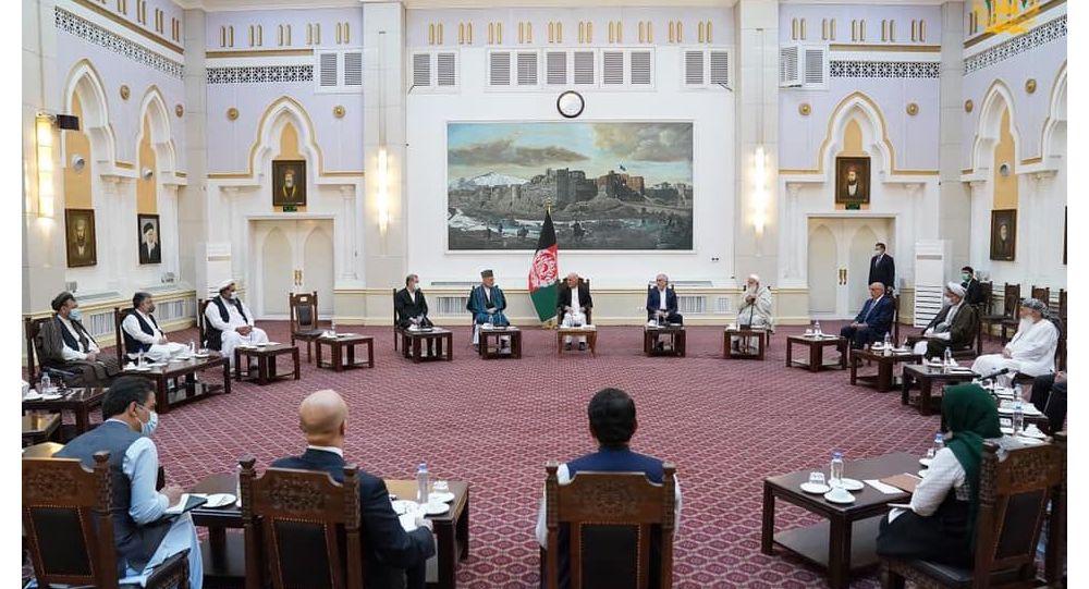 ادامه نشستهای مشورتی؛ غنی با رهبران سیاسی و جهادی دیدار کرد