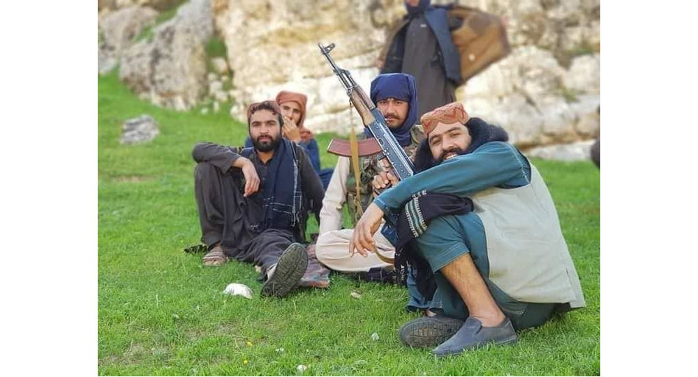 ولسوال خود خوانده و قوماندان قطعه سرخ طالبان در حملات هوایی ارتش کشته شدند