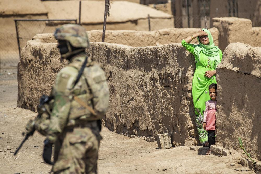 گشت زنی سرباز امریکایی در رومایلان.