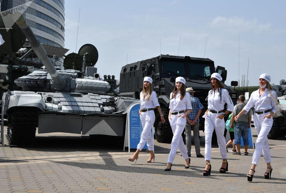نمایشگاه بین المللی اسلحه و تجهیزات نظامی MILEX-2021 در مینسک.