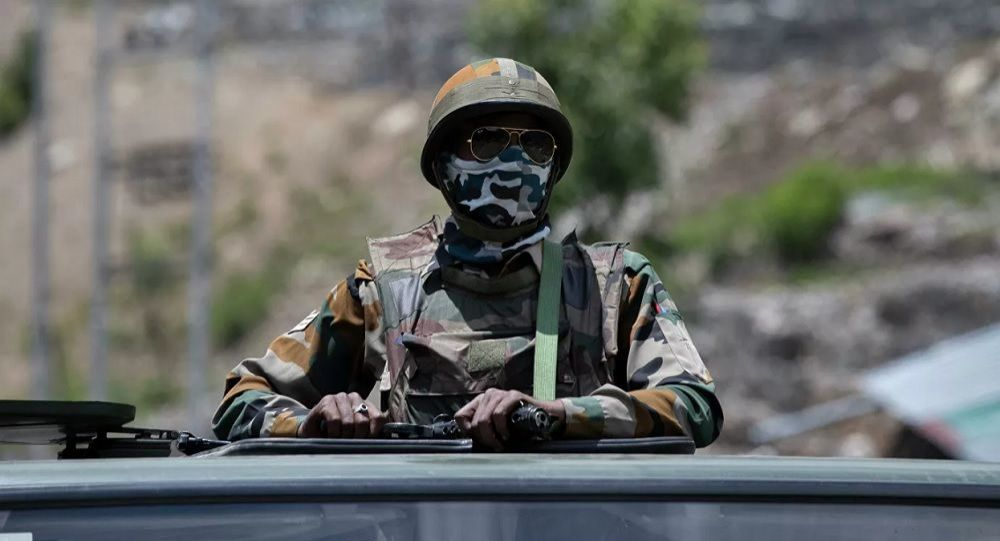 وقوع دو انفجار در پایگاه هوایی هند