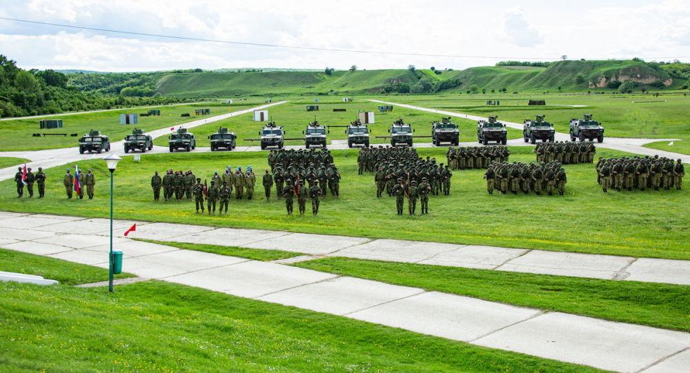 برگزاری بزرگترین رزمایش صربستان با تجهیزات نظامی روسی + ویدئو