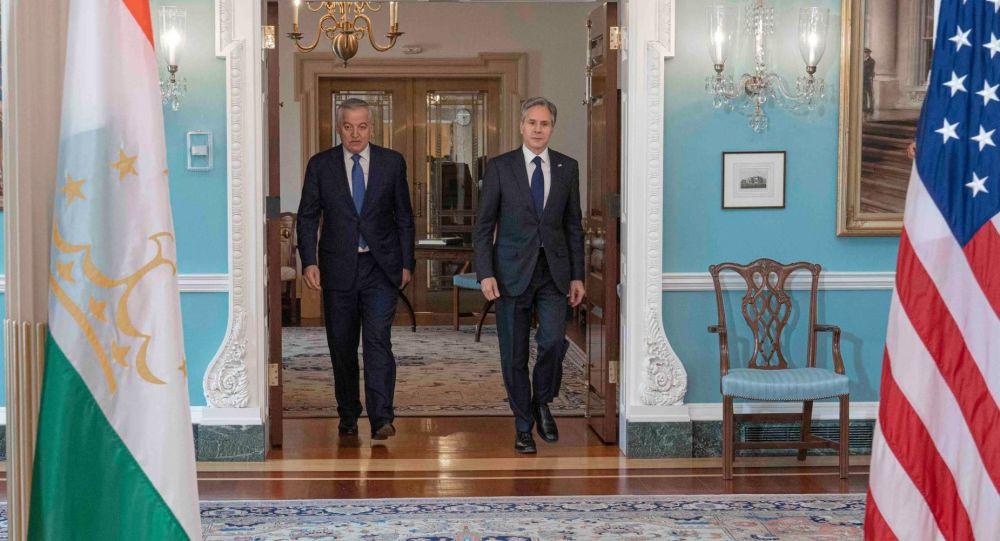گفت و گوی وزیران خارجه امریکا و تاجیکستان درباره همکاری های دوجانبه و افغانستان
