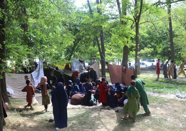 پناه آوردن آوارگان کندز به بدخشان؛ طالبان آنها را کوچ اجباری دادند