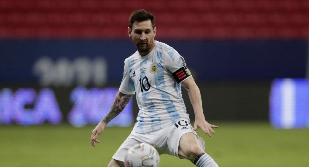 Soccer Football - Copa America 2021 - Group A - Argentina v Paraguay - Estadio Mane Garrincha, Brasilia, Brazil - June 21, 2021 Argentina's Lionel Messi in action