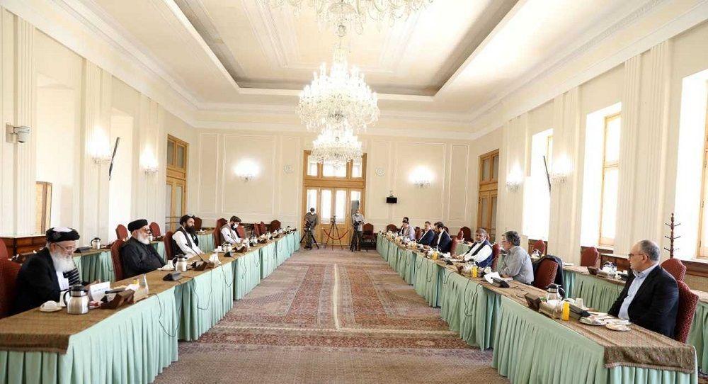 آغاز اجلاس گفتگوهای بینالافغانی در ایران با حضور نمایندگان دولت افغانستان و هیات سیاسی طالبان