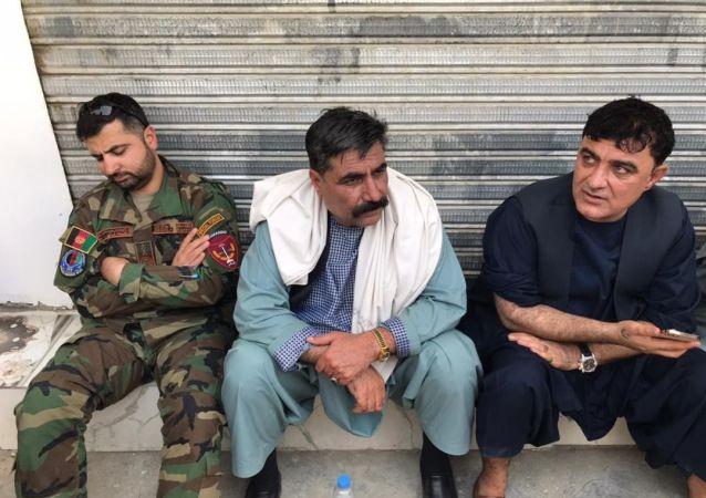 والی و مقام های امنیتی کندهار در خط نخست نبرد