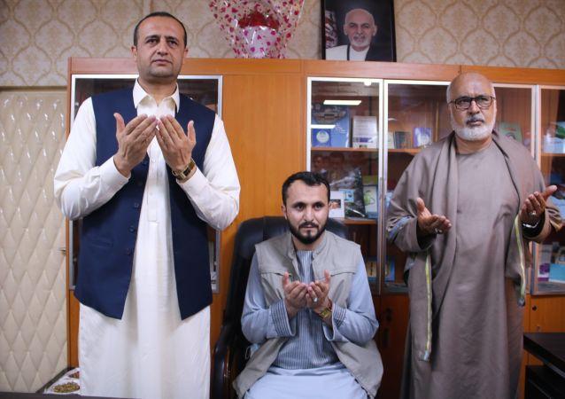 در گیرودار درگیری ها در غزنی، رئیس جدید امنیت ملی این ولایت بکارش آغاز کرد