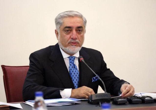 عبدالله: کشتن فرمانده ارتش در هرات پس از اسارت از سوی طالبان جنایت جنگی است
