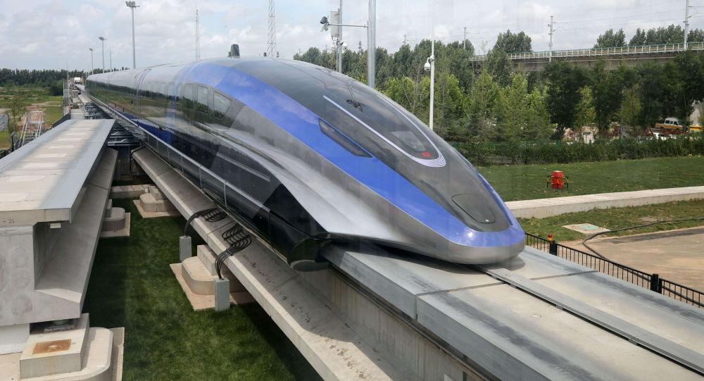 رونمایی از سریعترین قطار جهان در چین + ویدئو