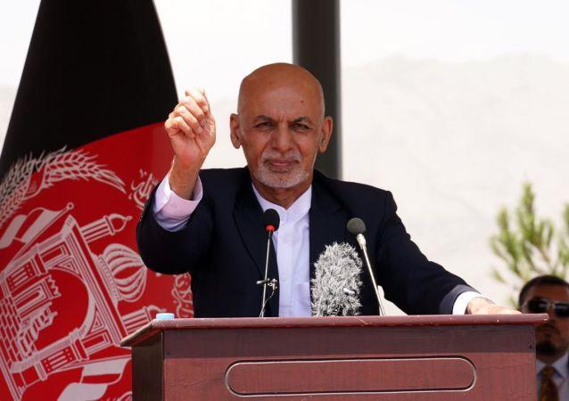 رئیسجمهور غنی: طالبان میخواهند که افغانستان به پناهگاه تروریستان تبدیل شود