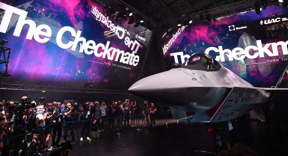اف-35 مواظب باش! جاپانیها شیفتۀ جنگنده جدید روسیه شدند