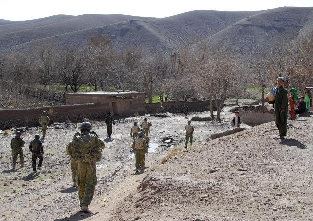 پاکستان به 46 نظامی افغانستان پناهندگی داد
