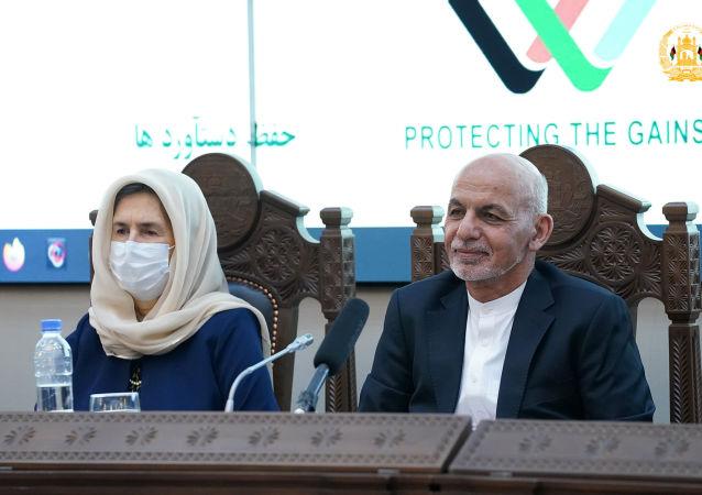 غنی: ورود تروریستان به افغانستان ابعاد جدید منطقهای و بینالمللی به جنگ میدهد